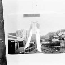 Florian Fouché, Lumières pendues, Tulle, 2013. Extrait d'une série de 99 photographies vidéoprojetées.
