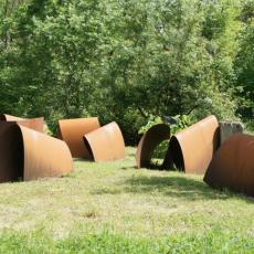 Pierre Tual, Renouée du Japon, 2012, Parc de sculptures Les Tanneries. Crédit photo Pierre Tual